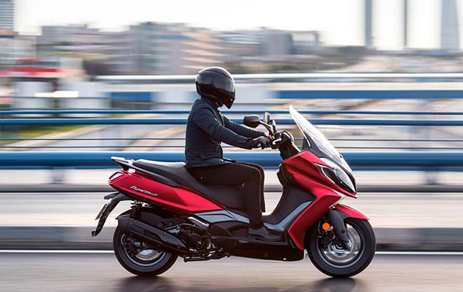 kymco super dink 125 2017 ambiente lateral
